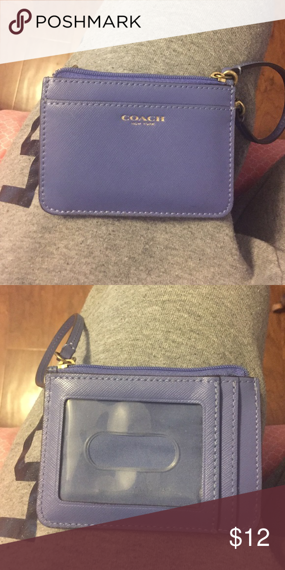 Small Coach Wallet in great condition Coach Bags Wallets