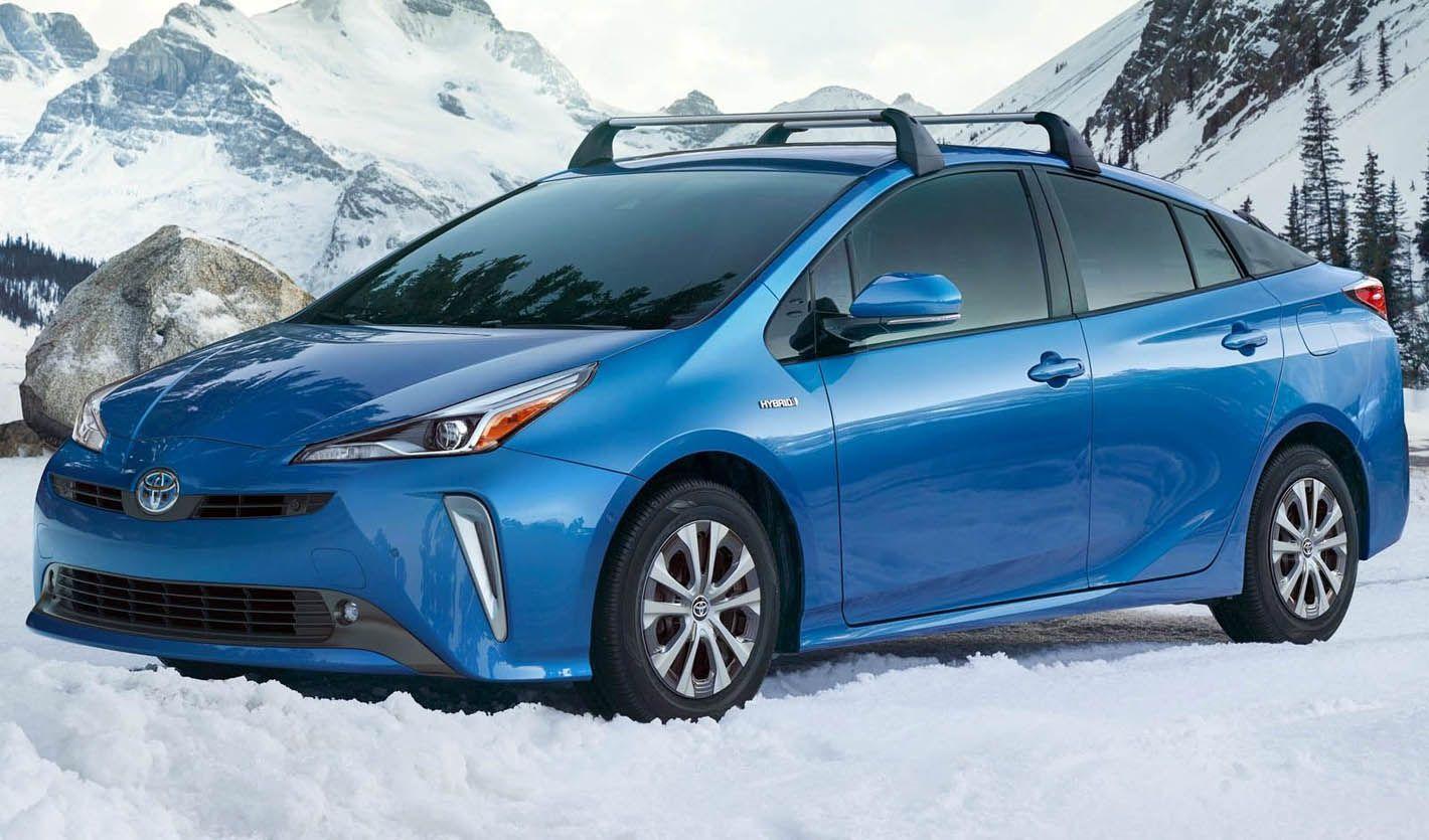تويوتا برايوس الجديدة النسخة المحسنة مع نظام الدفع الرباعي الكهربائي موقع ويلز Toyota Prius Hybrid Car Prius