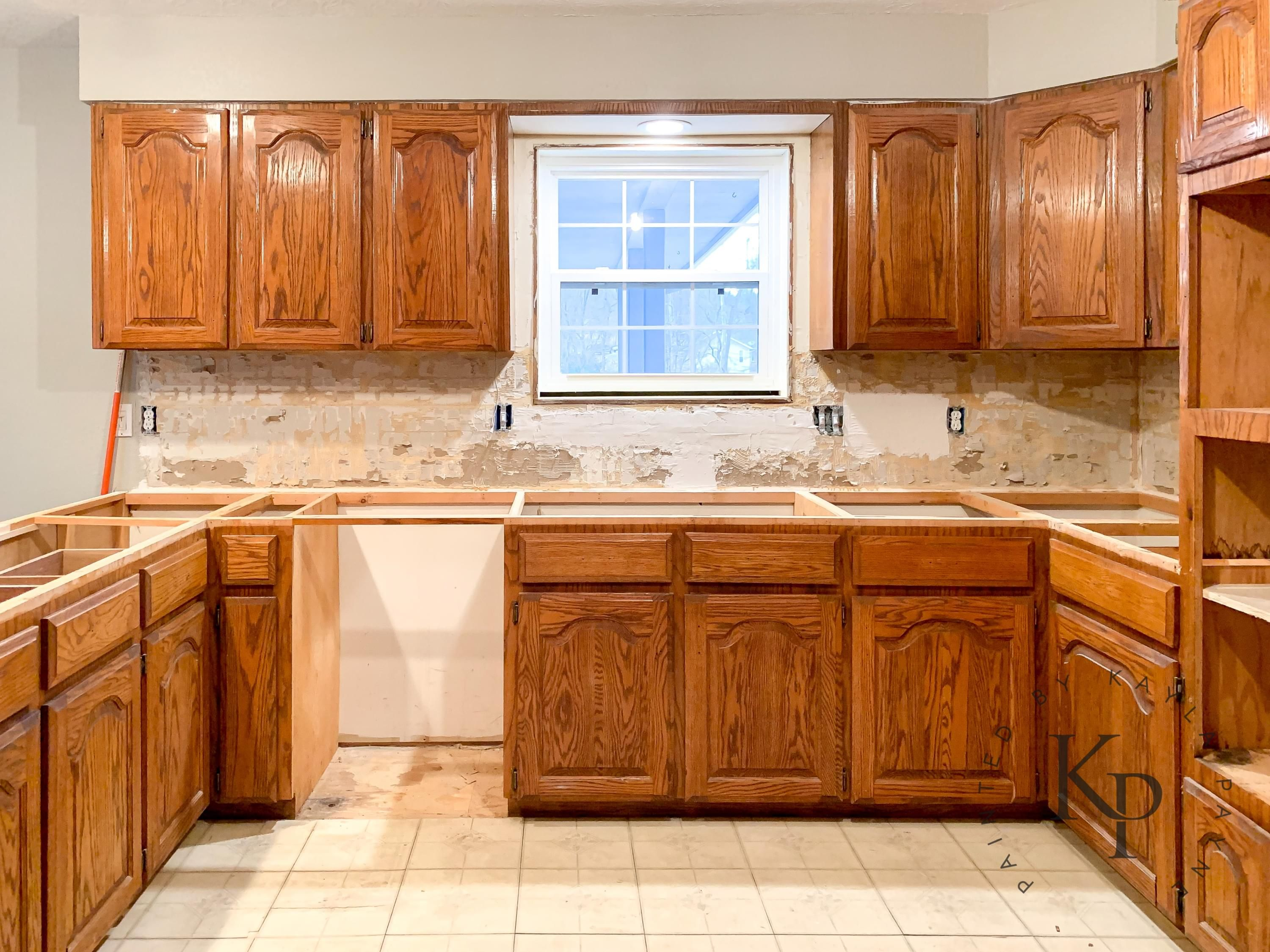 How To Paint Your Cabinets Like A Pro In 2020 Kitchen Renovation Kitchen Cabinets Painting Cabinets Diy