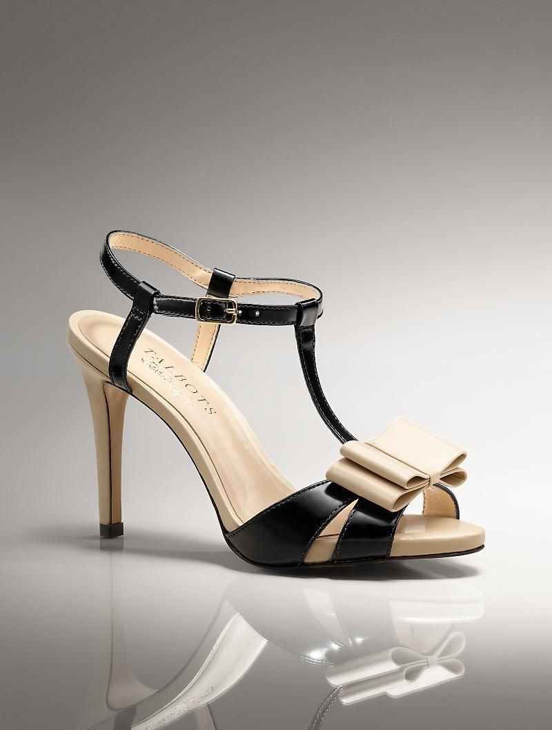 ooo black and white bow tuxedo heels