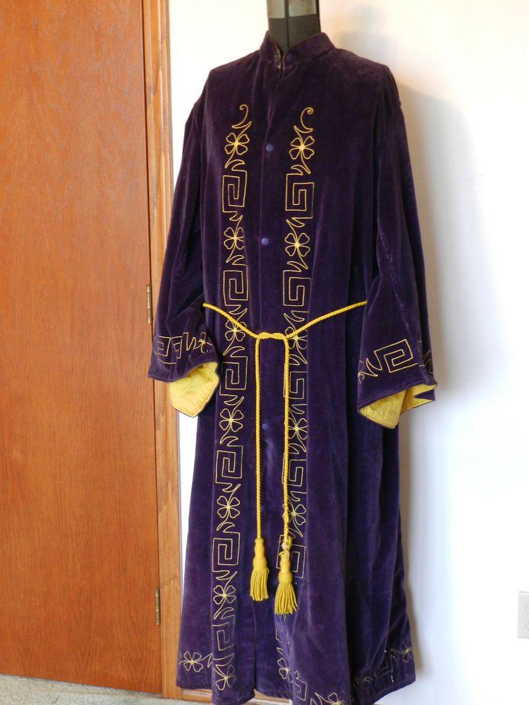 Antique Odd Fellows Robe