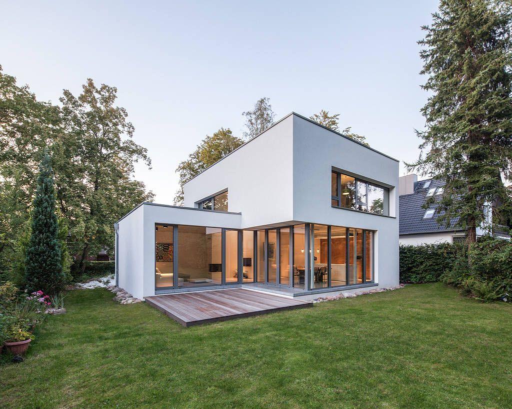 Bauhaus in blankenese moderne häuser von hgk hamburger grundstückskontor