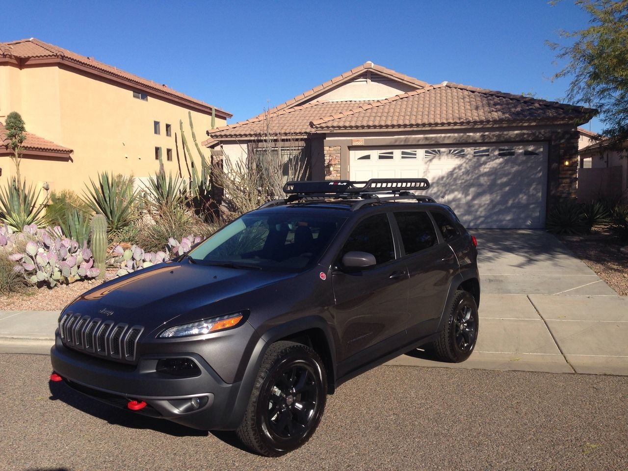 Roof Racks Baskets Spot Lights Page 6 2014 2015 Jeep Cherokee Forums Jeep Trailhawk Jeep Cherokee Sport Jeep Cherokee Trailhawk
