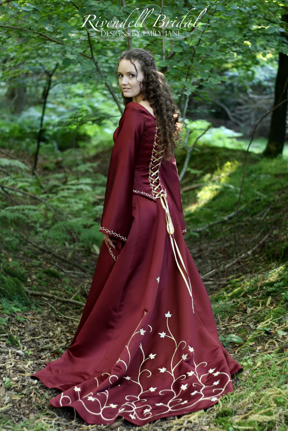 Pin by Rachel Gamber on D&D Dresses Red in 2020 Viking