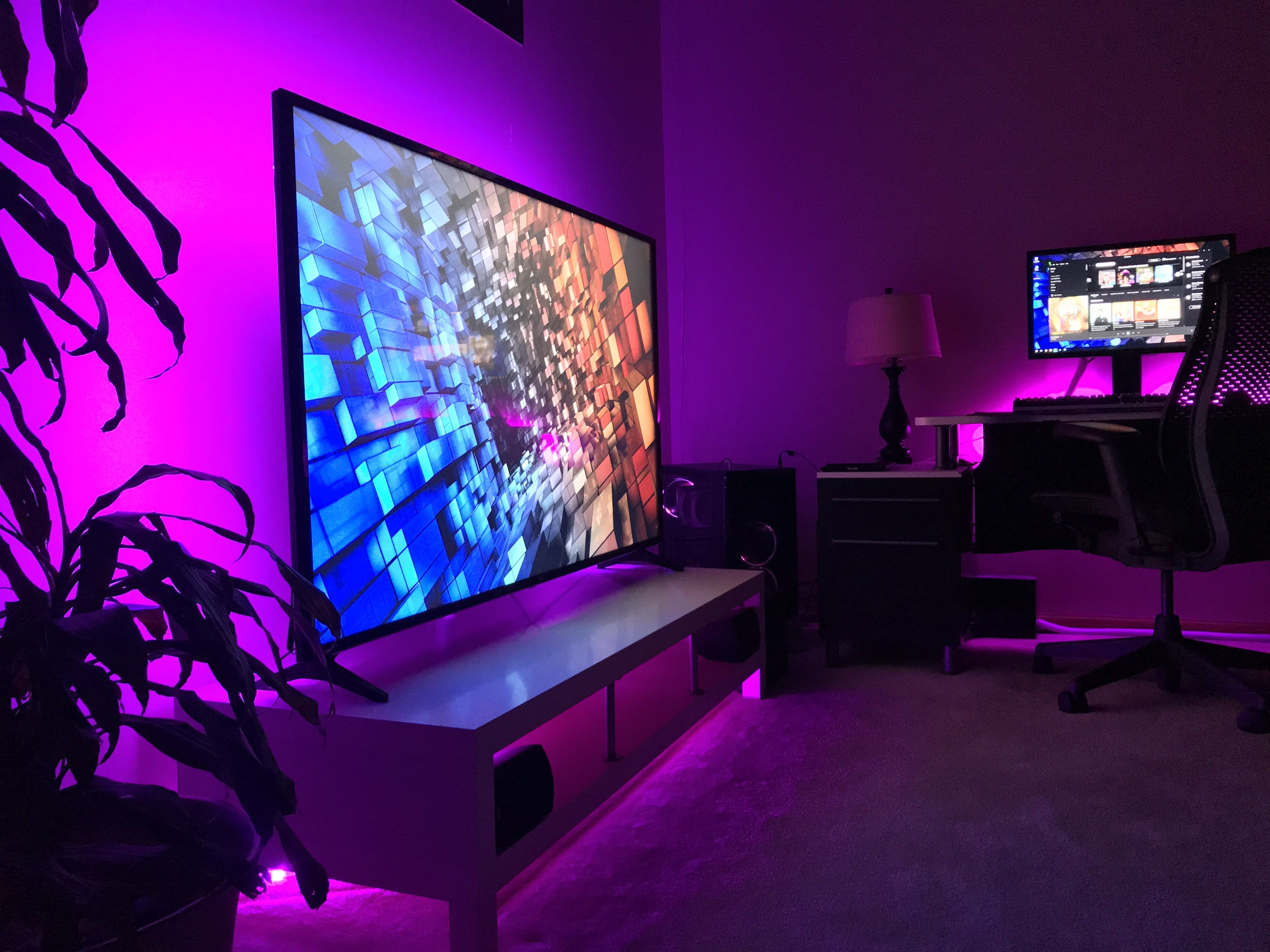 This List Of The Most Advanced Smart And Innovative Video Game Room Ideas Will Guide You To Find A De Video Game Rooms Video Game Room Design Game Room Decor Living room gaming pc