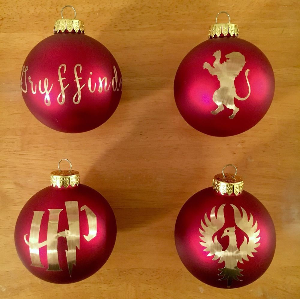 4 Red Harry Potter Inspired Glass Ball Christmas Tree Ornaments Gryffindor Gift Ebay Harry Potter