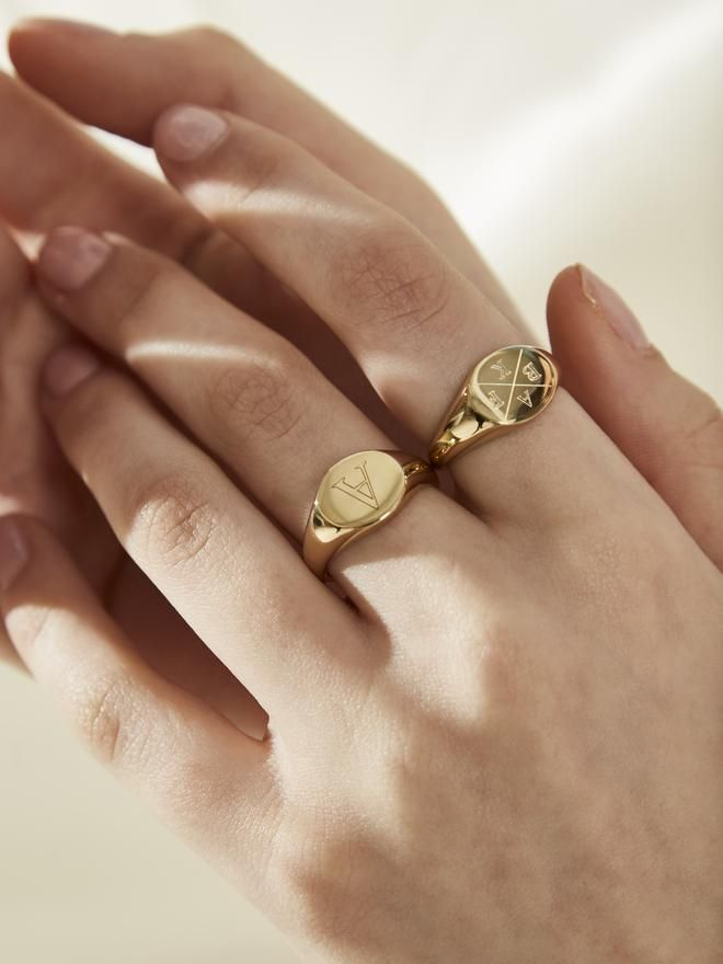Oval Initial Ring - Engravable- 44 / Gold