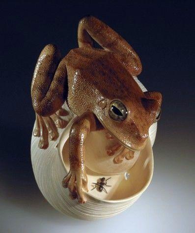 frog  netsuke: