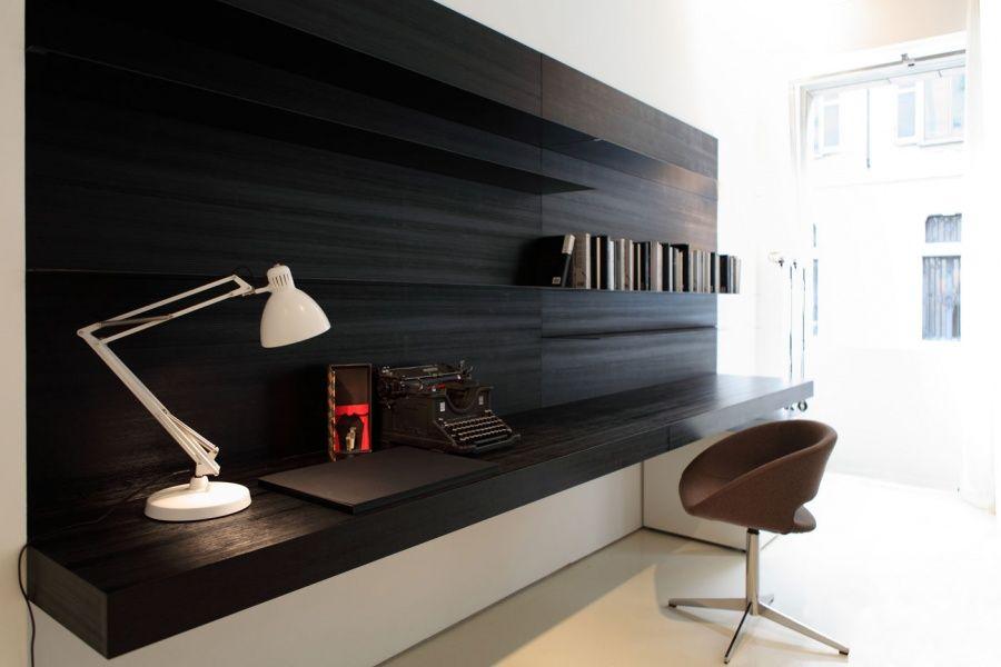 By porro wall features bureau