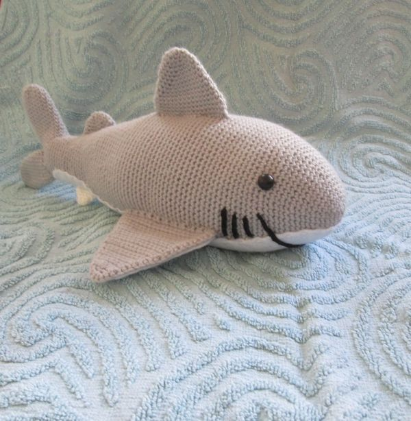 Sharky Der Kuschelhai Häkelanleitung Häkeln Crochet Pinterest