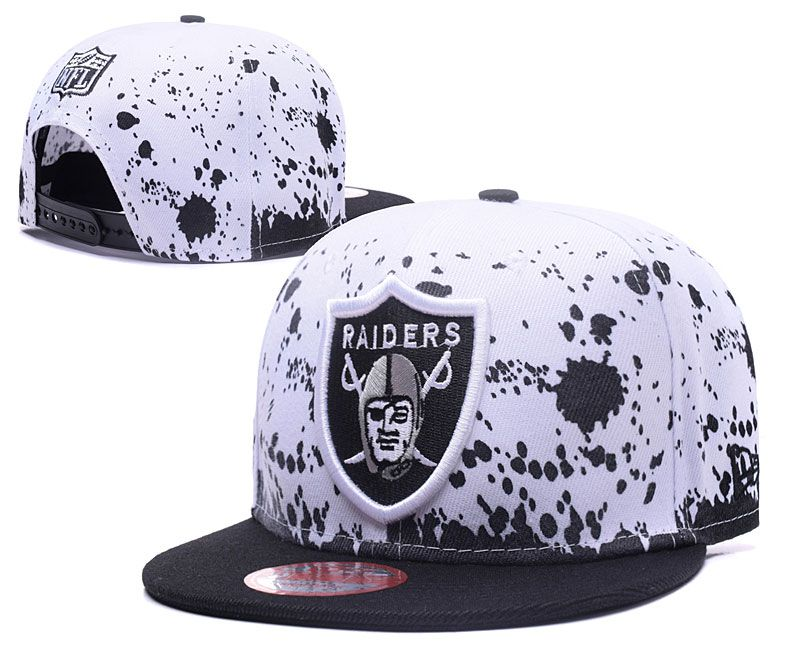 f2c28d51a75 Men  Oakland Raiders NFL Team Logo Painting Splatter Snapback Hat - White    Black