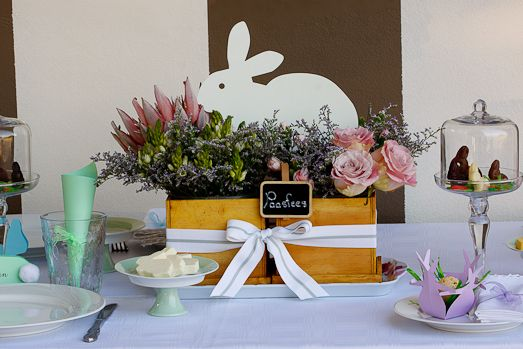 The most beautiful Easter table - via Simply Delicious
