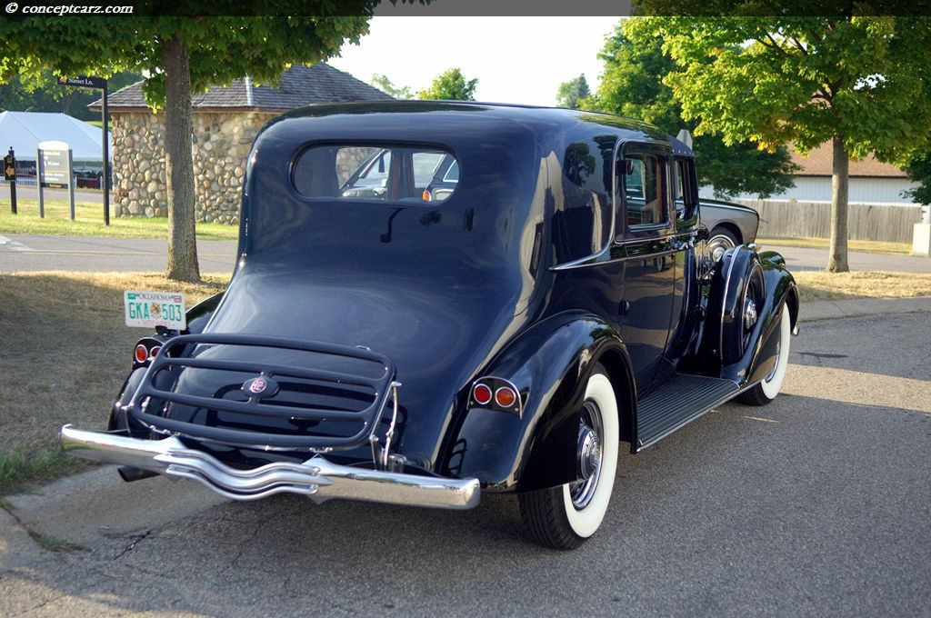1936 Pierce Arrow Town Car By Derham Car Antique Cars Arrow