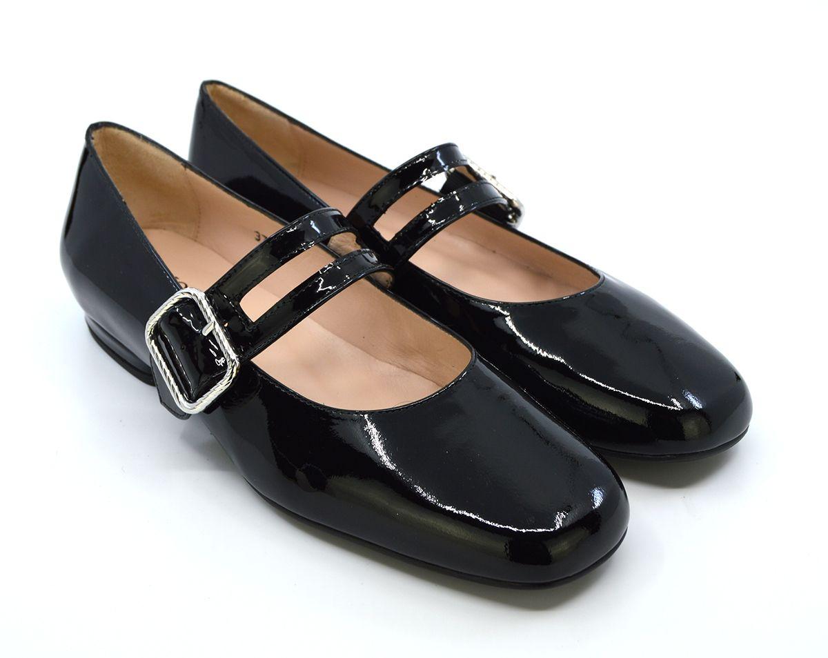 Pin On Shoe Need