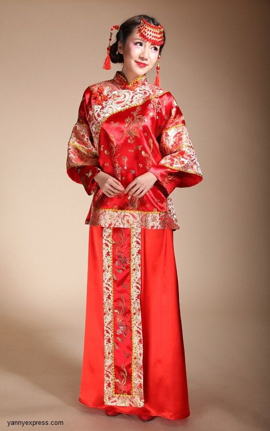 Chinese Wedding Traditional Classical Two-Piece Qun Kwa Bridal Gown ...