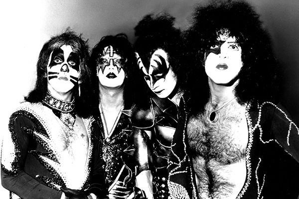 Kiss Gene Simmons, Peter Criss, Paul Stanley, Ace Frehley #Kiss