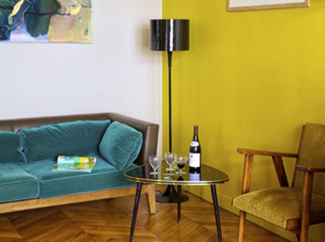 Mustard feature wall | m u s t a r d | Pinterest | Walls, Living ...