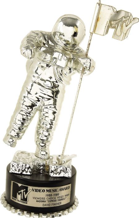 "Madonna ""Express Yourself"" MTV VMA Award to David Fincher ..."