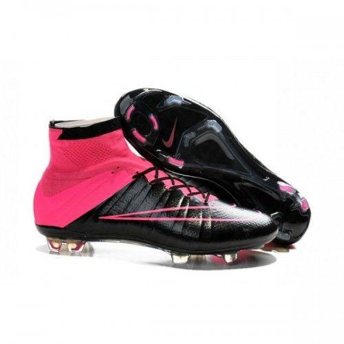 free shipping 1370e c02de Crampons Nike Mercurial Superfly en cuir noir rose sont les premières  bottes qui sont fabriqués avec du cuir.