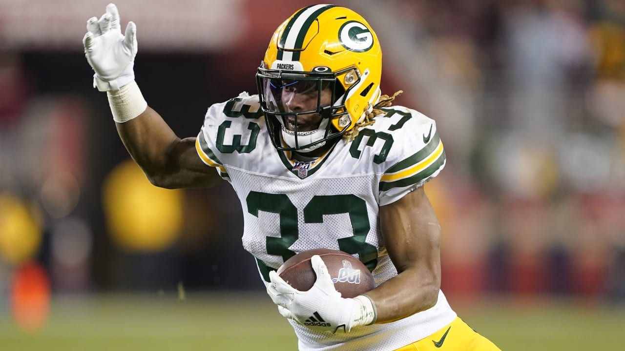The Green Bay Packers Have A Decision To Make On Rb Aaron Jones With His Rookie Deal Set To Expire After 2020 The Rising Star