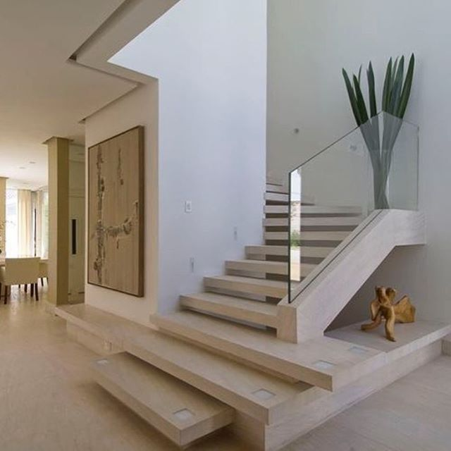 Pinterest natalyaamiee escaleras pinterest escalera - Modelos de escaleras de interiores de casas ...