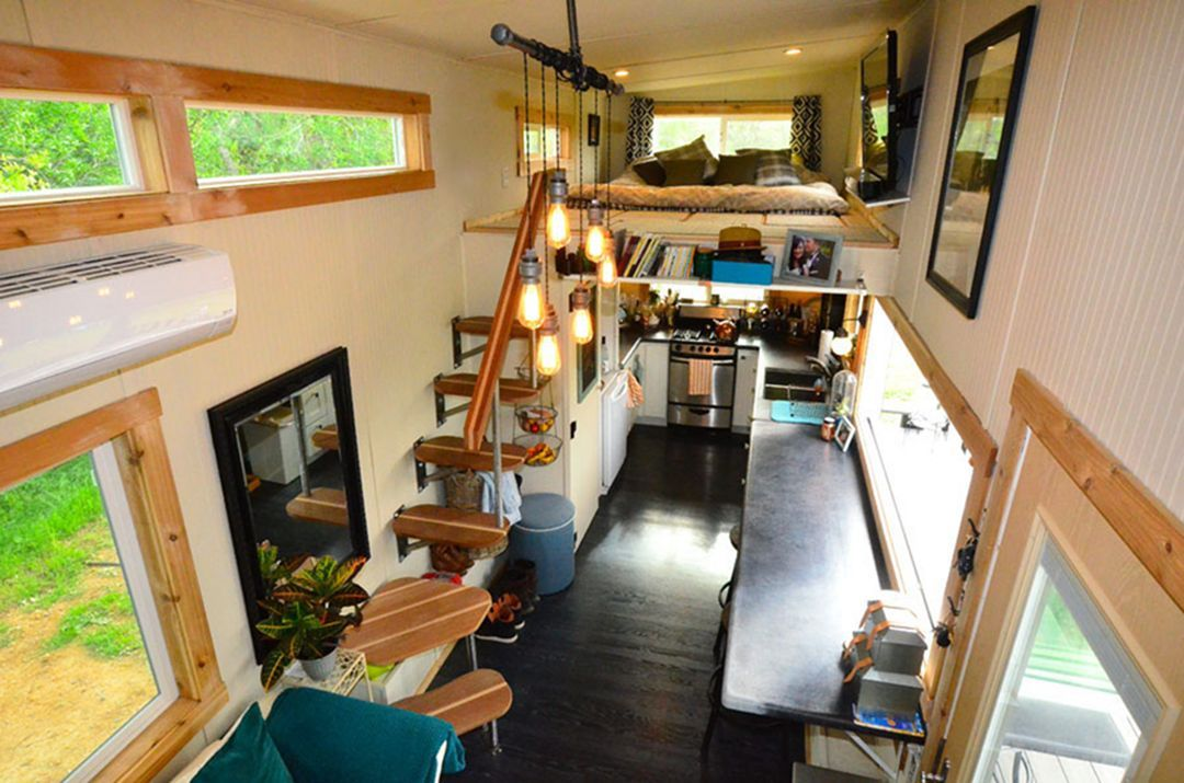 30 Charming Tiny House On Wheels Interior For Every Day Feeling Comfort Tiny House Loft Tiny House Nation Tiny House Stairs