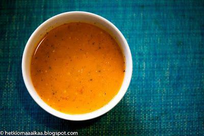 Hetki omaa aikaa: Maailman paras tomaatti-vuohenjuustokeitto ja teel...