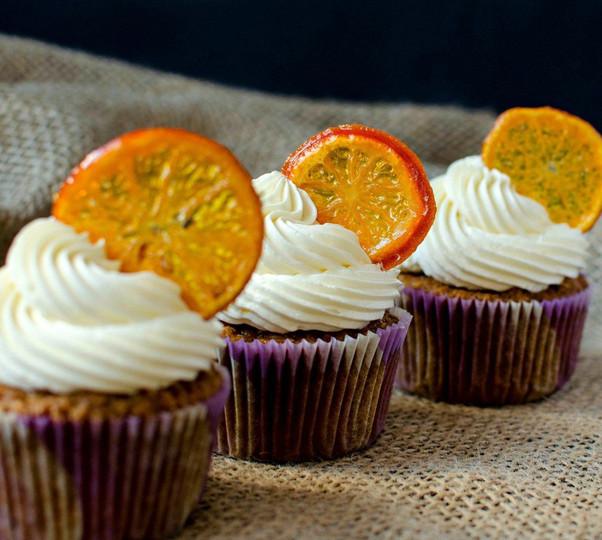 {Brown Butter Carrot Cupcakes} - Cupcakes cu morcov