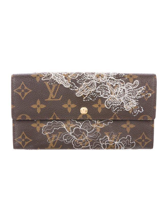 Louis Vuitton Wallets The Realreal Louis Vuitton Wallet Louis Vuitton Mens Jewelry Bracelet