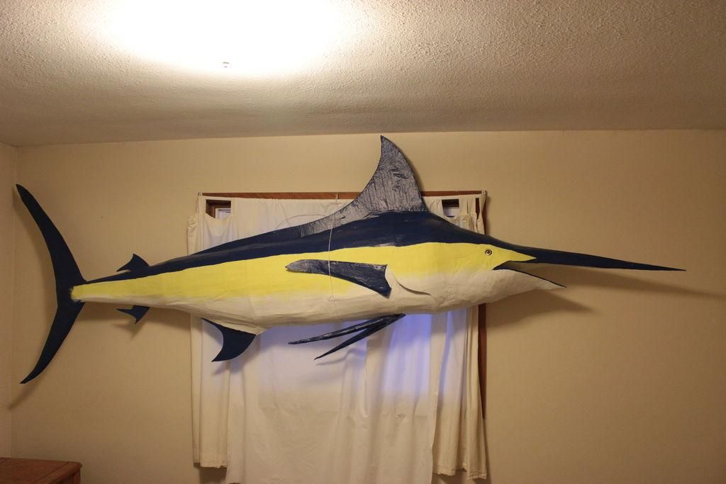 Diy Build Your Own Giant Blue Marlin On The Cheap Diy Cardboard Diy Crafts Blue Marlin Marlin Fish Mounts