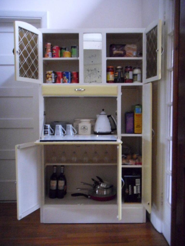 RETRO 1950S KITCHENETTE KITCHEN CABINET LARDER PANTRY DRESSER CUPBOARD STORAGE EBay Retro