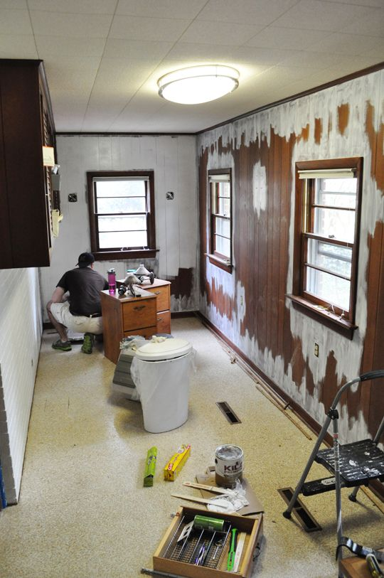 Old Wood Paneled Room: How To Paint Wood Paneling And Spruce Up A Laundry Room