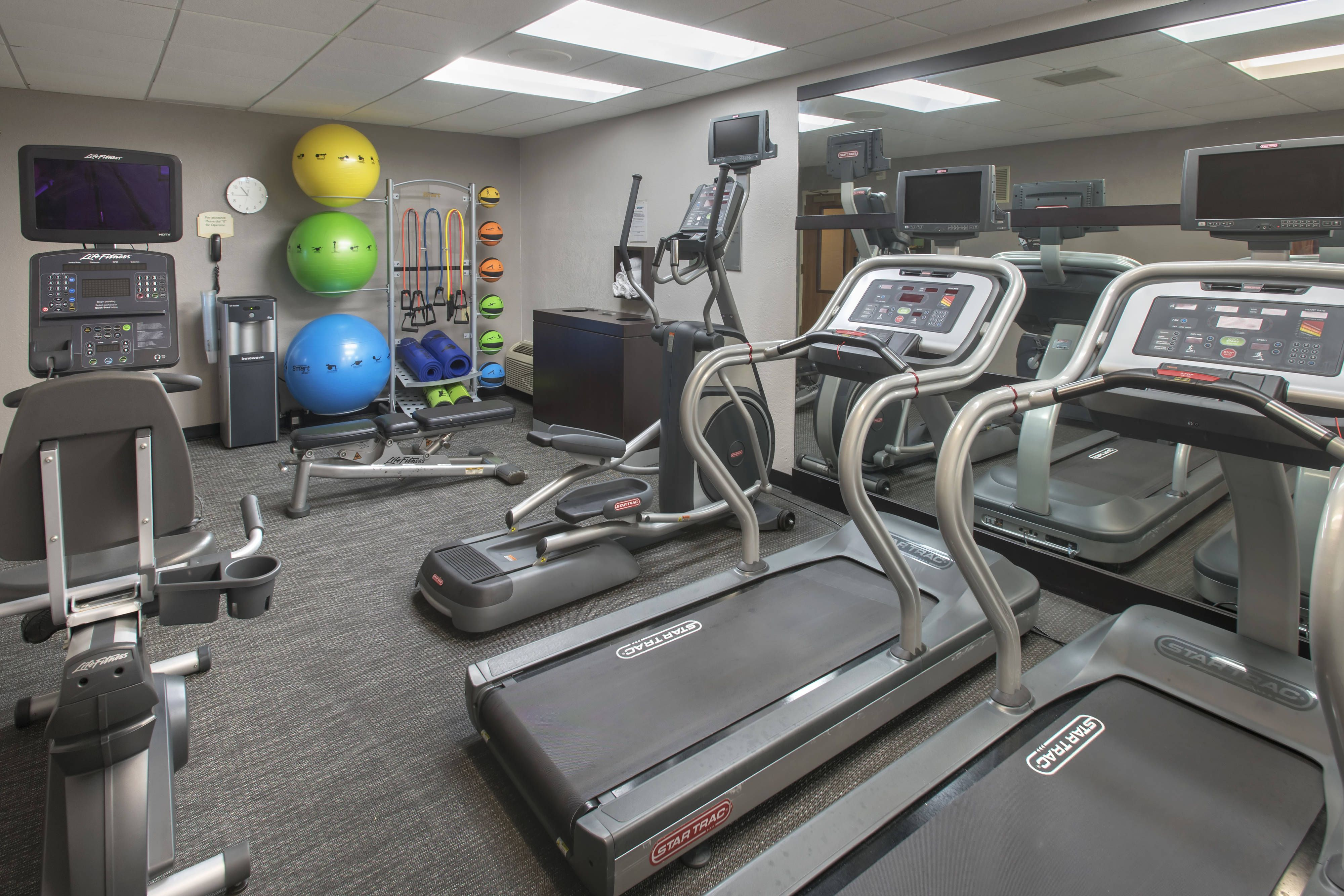 Courtyard Mt Laurel Fitness Center Visiting Holiday Travel Courtyard Hotel Event Space