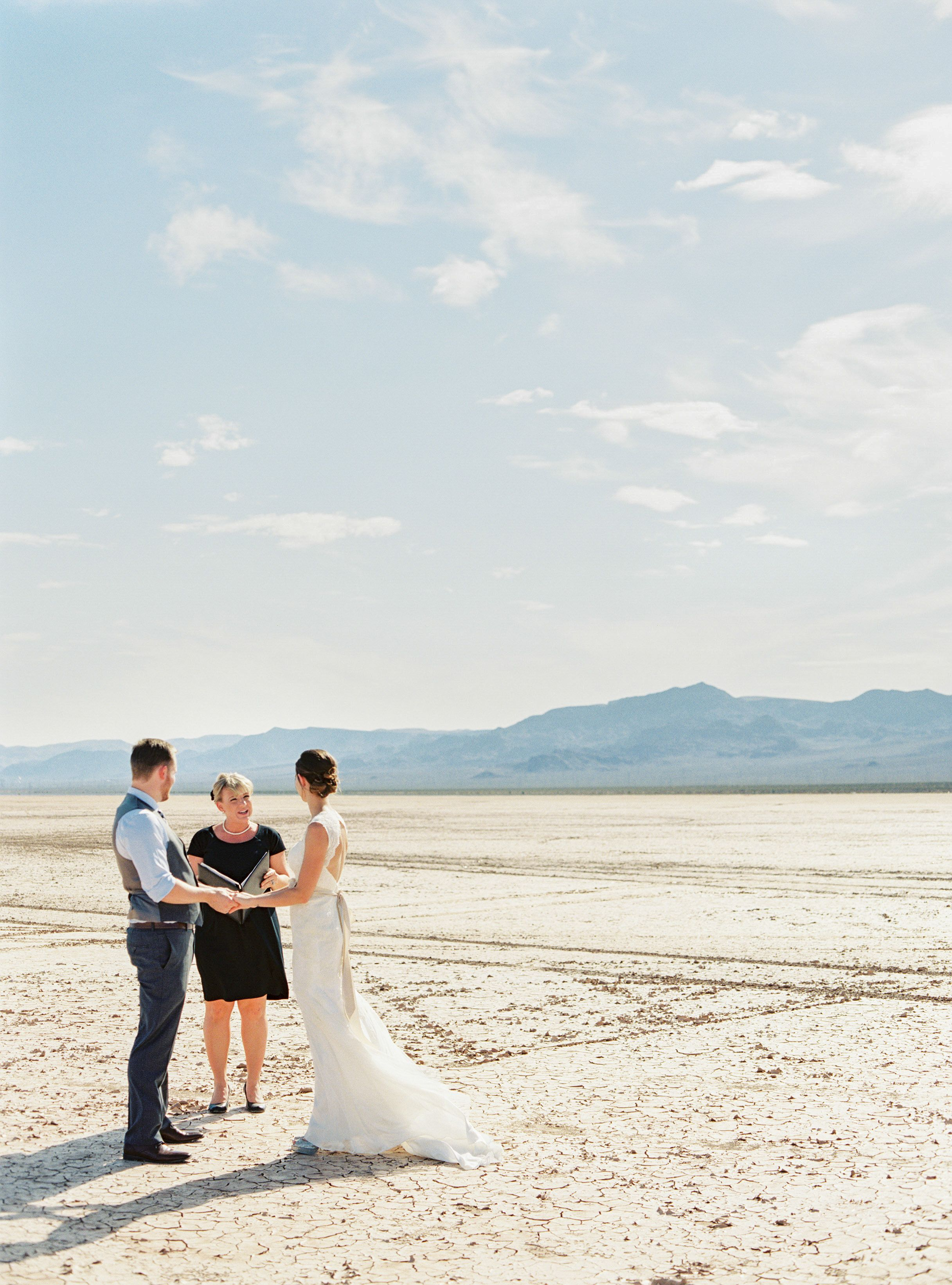 Las Vegas desert elopement, Las Vegas wedding at the Dry Lake Bed ...