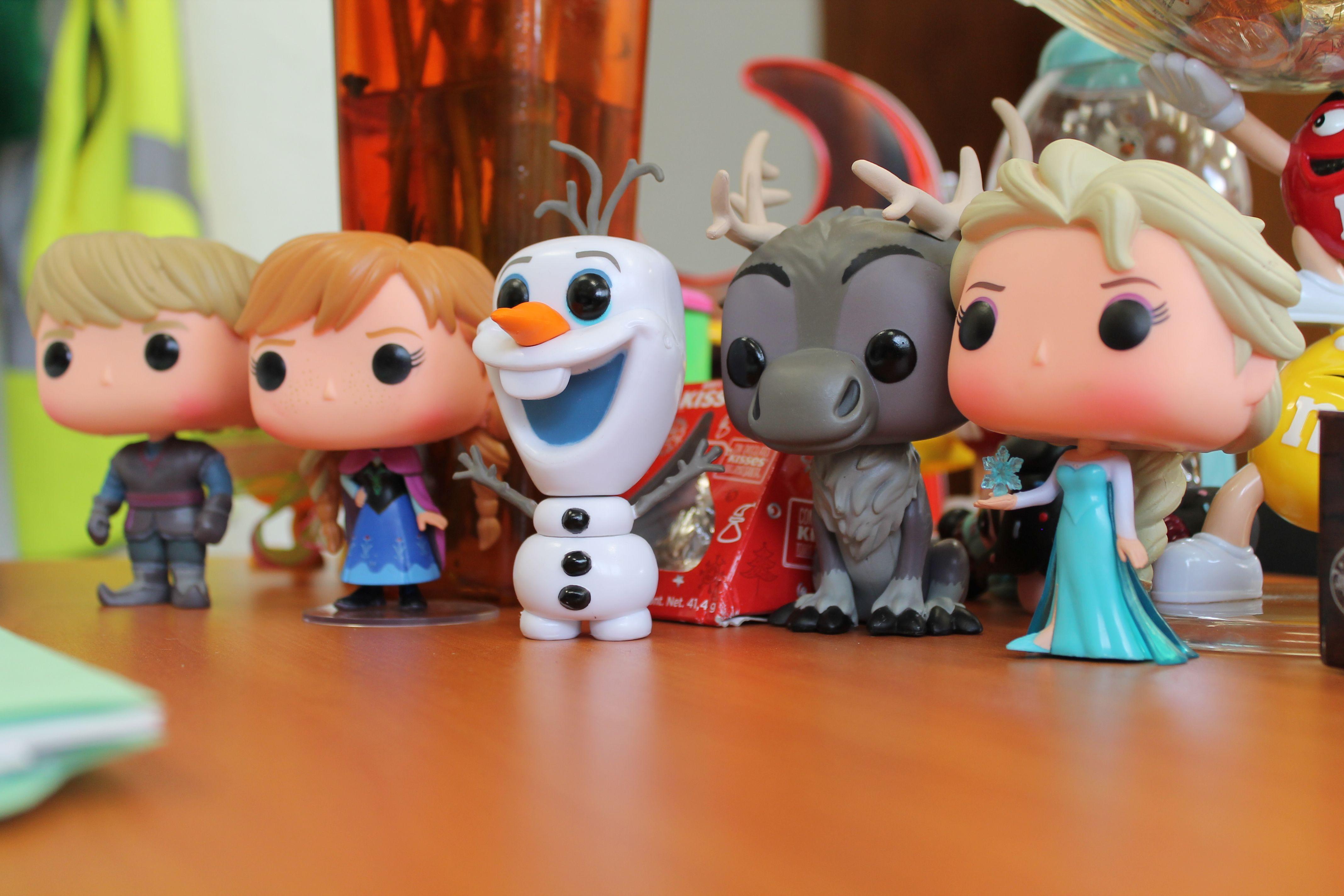 ANNA, ELSA, OLAF, SVEN KRISTOFF, LOVELY FUNKO POP
