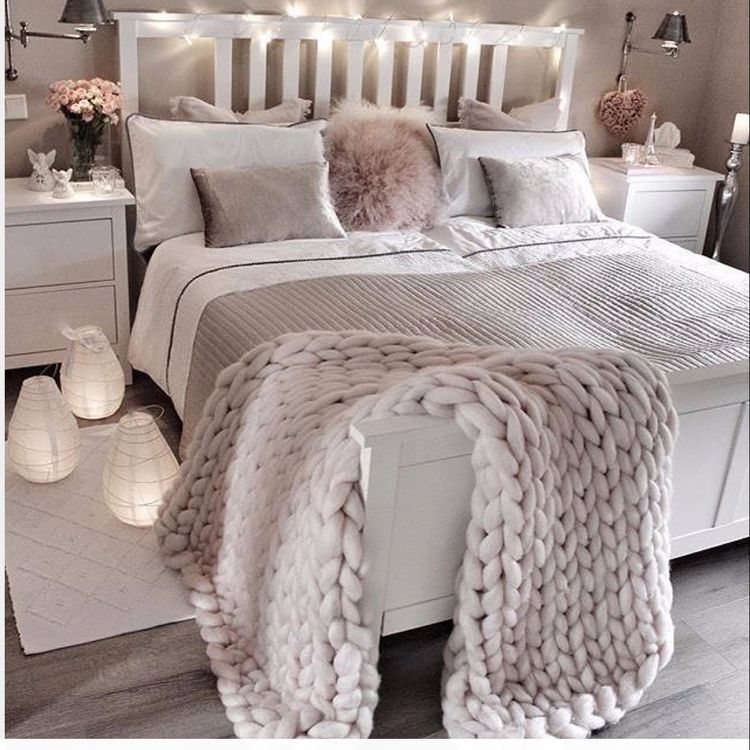 35 Stylish Cozy Functional Bedroom Ideas For Teen Girls images