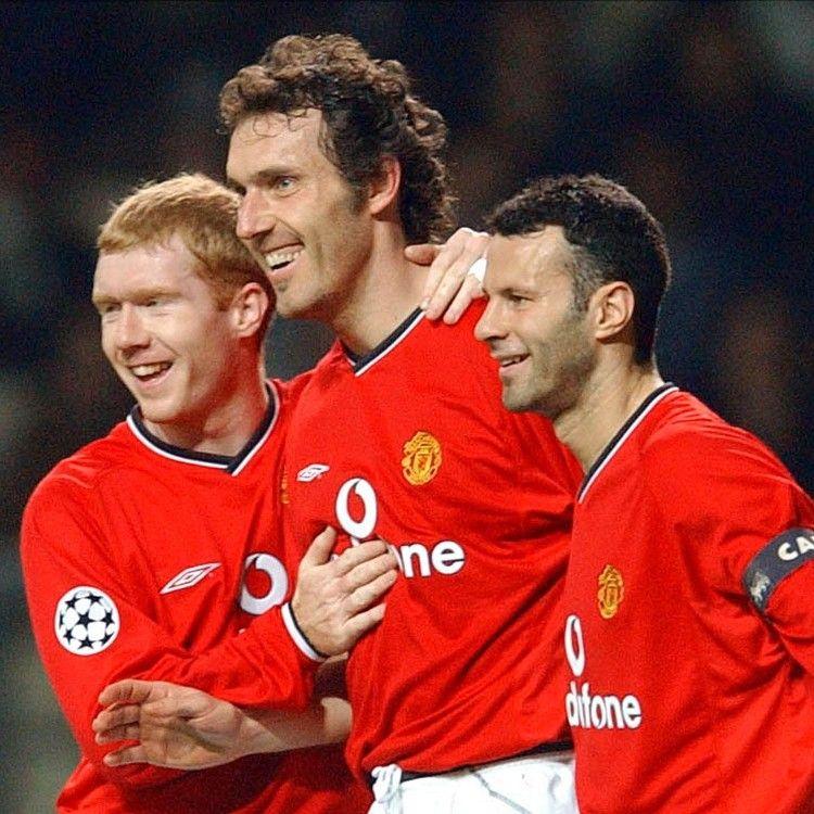 Manchester United Paul Scholes Laurent Blanc Ryan Giggs Manchester United Man Utd Squad Ryan Giggs