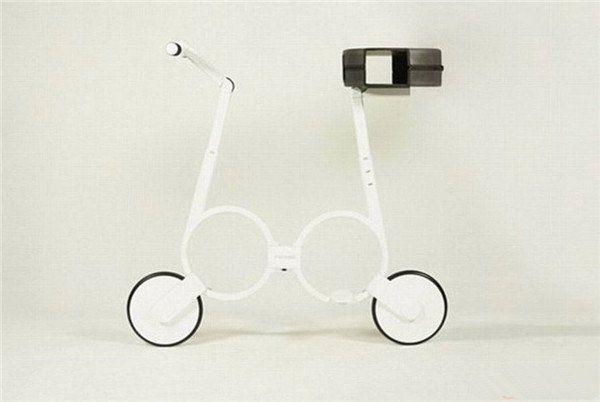 小车结构�_时速达20公里的新型折叠电动车可放入背包一家公司最新研制一款