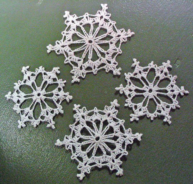 4 Crochet Snowflakes Crochet Snowflakes Crochet And Decorating