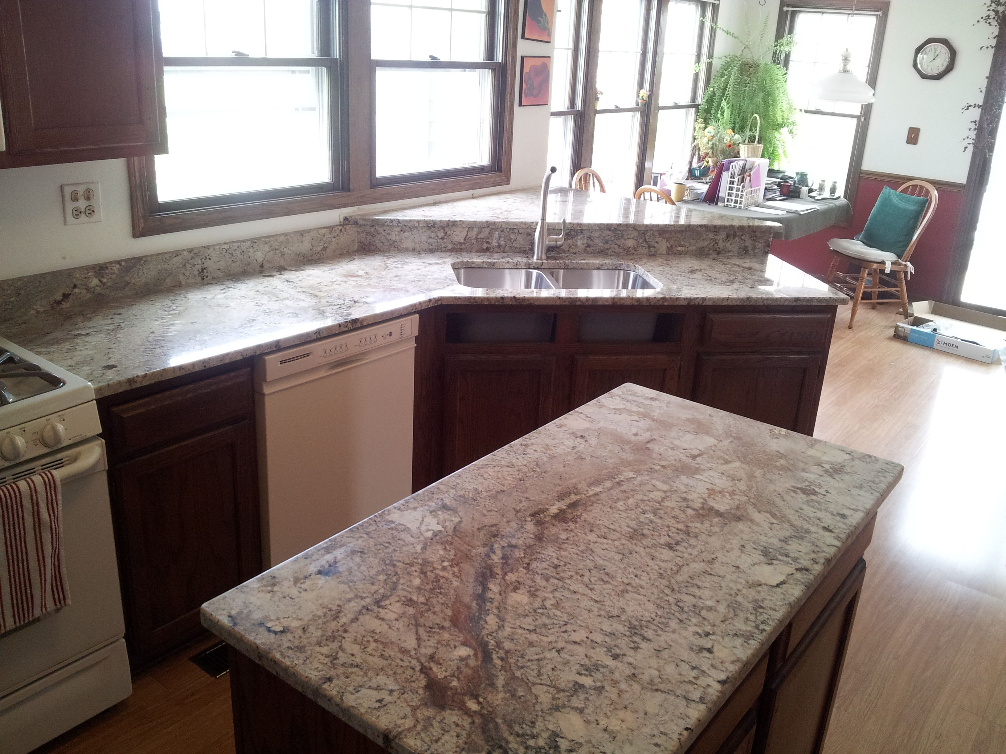 Art Granite Countertops Inc 1020 Lunt Ave Unit F Schaumburg Il 60193 Tel 847 923 1323 Granite Tile Sienna Bordeaux Granite Kitchen And Bath Remodeling