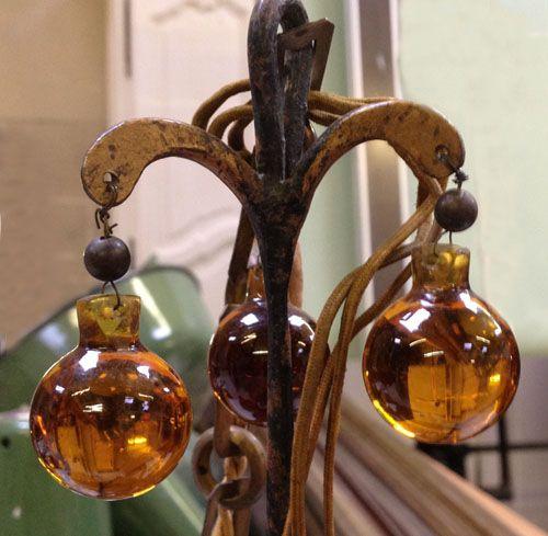 Little amber droplet chandelier - French antique lighting