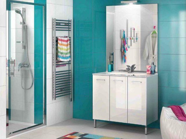 Salle de bains bleue home designs pinterest bathroom for Peinture cuisine bleu turquoise