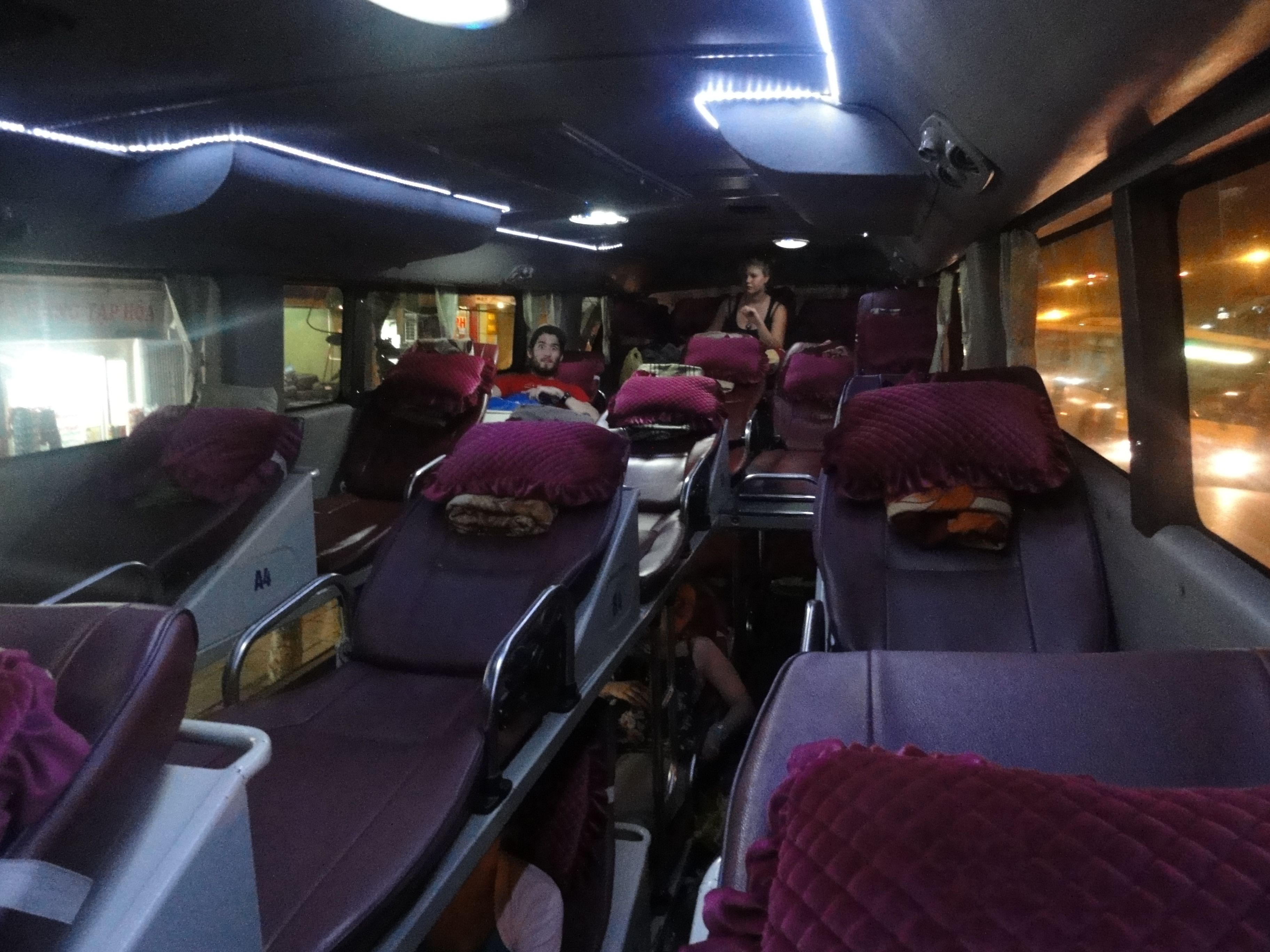 8 Tips for Sleeping on an Overnight Bus in Vietnam - The Butterfly Editions