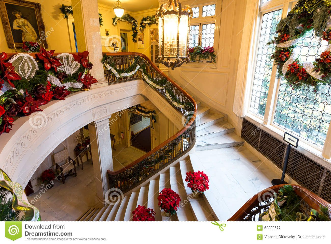 Exceptionnel Photo About Famous Museum In Portland, Oregon, Pittock Mansion Decorated  For Christmas   62830677