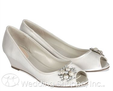 Discontinued Product Wedding Shoppe Dyeable Wedding Shoes Wedding Shoes Heels Wedding Shoes Low Heel