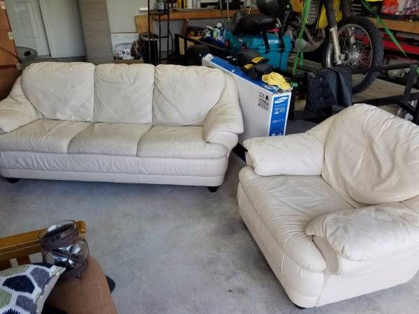 White Leather Couch And Matching Chair White Leather Couch Couch Matching Chairs