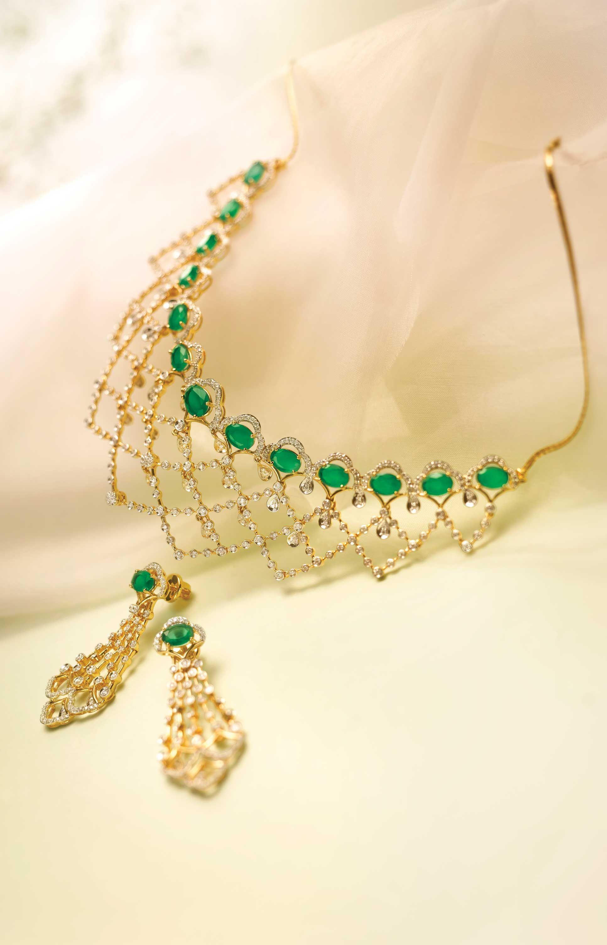 Pin by Tanishq Jewellery on Queen of Hearts Pinterest