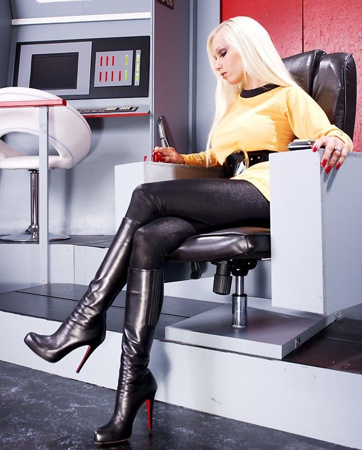 Hot Blonde Star Trek 83