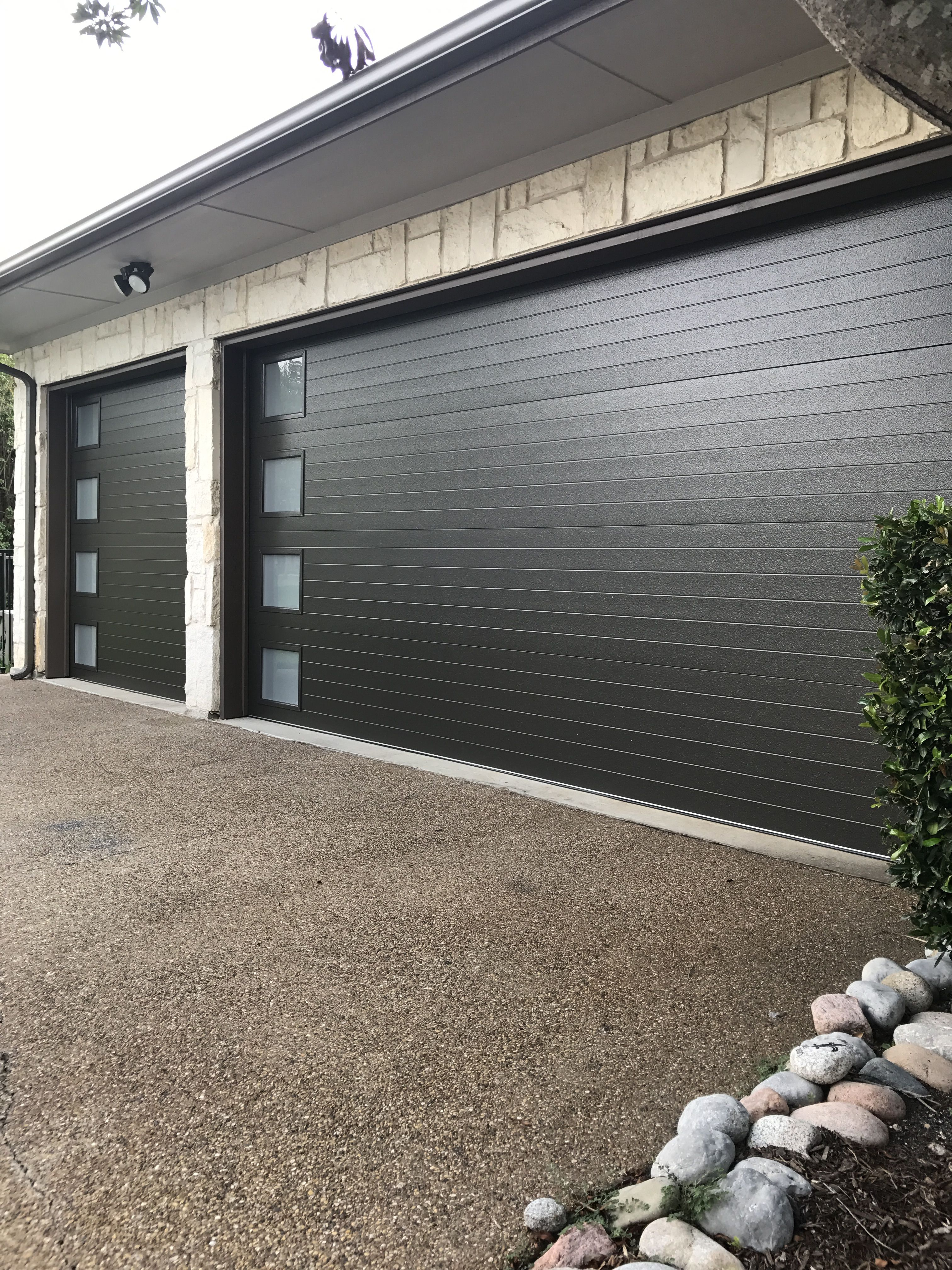 Clopay Modern Steel Series With Images Garage Doors Garage Door Styles Garage Door Design