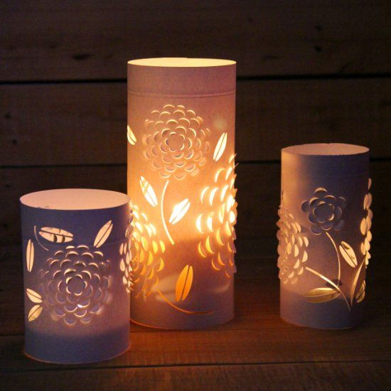 These 3-dimensional blossom lanterns / candle holders are made from 3 things everyone has! Free pattern included to make your own set!